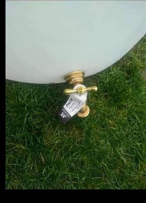Newly made rain barrels 55 gallon brass spigot for Sale in Graham, WA