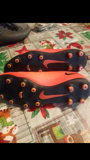 Magista Nike 5youth soccer shoes for Sale in Hesperia, CA