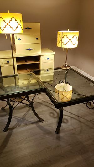 Coffee and side table for Sale in Columbus, OH