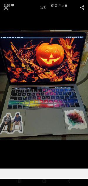2019 MacBook Pro 13 inch for Sale in Lake Elsinore, CA