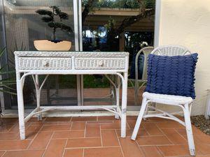 Wicker desk and chair for Sale in Miami, FL