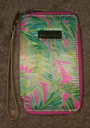 Lilly Pulitzer iphone 6 case / wristlet for Sale in Smyrna, GA