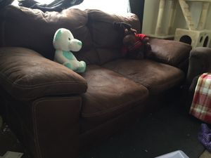 Couch for Sale in Fairmont, WV