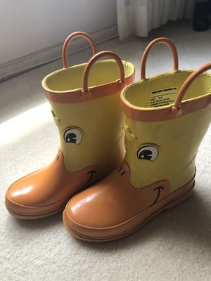 Kid rain boots size 9/10 for Sale in Oakland Park, FL