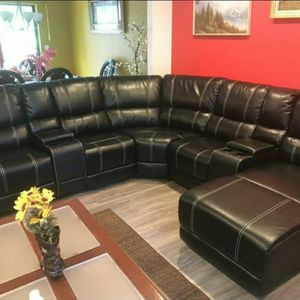 Black Reclining Leather Sectional with Chaise for Sale in Atlanta, GA