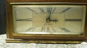 antique SETH THOMAS mantle clock for Sale in Phoenix, AZ