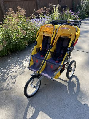 BOB Ironman Double Running Stroller for Sale in Elmhurst, IL