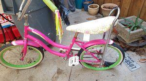 Girl Schwinn bike for Sale in Grand Prairie, TX