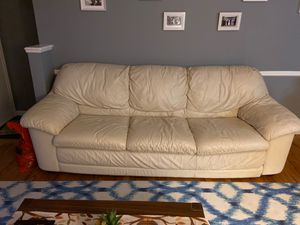 Leather couch and oversized chair for Sale in Farmington Hills, MI