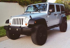 LIKE NEW [JEEP WRANGLER] 07 / RUNS EXCELLENT for Sale in Buffalo, NY