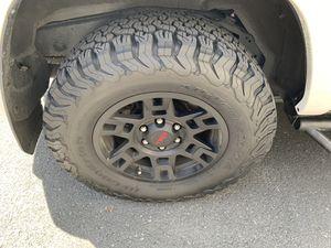 BFG KO2s 265/75/17 4Runner off road tires for Sale in Everett, WA