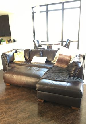 Sectional Couch and Ottoman for Sale in Orlando, FL
