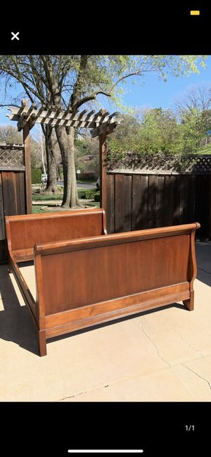 Queen sized sleigh bed frame with mattress and box spring for Sale in Walnut Creek, CA