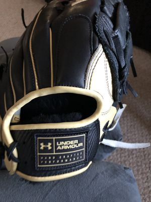 Under armour baseball glove 12 3/4 for Sale in Revere, MA