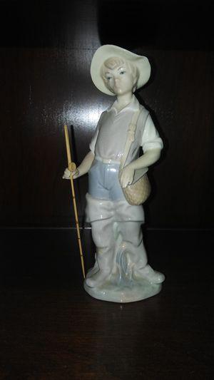Lladro figurine for Sale in ARROWHED FARM, CA
