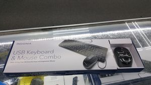 BRAND NEW INSIGNIA MOUSE AND KEYBOARD FOR DESKTOP COMPUTER PC for Sale in Houston, TX
