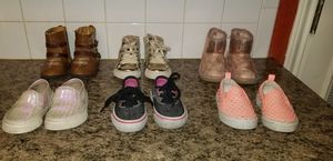 Girl's shoes size 4 for Sale in Killeen, TX