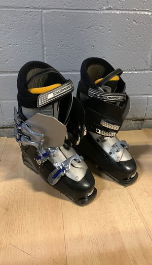 Snow ski boots for Sale in Dallas, TX