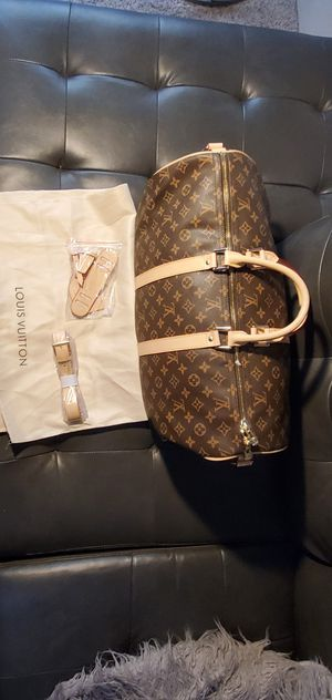 LV traveling bag for Sale in Denver, CO