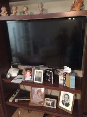 45 inch flat television (other stuff not included) for Sale in Cocoa, FL