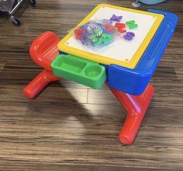 Toddler Desk for Sale in Gladstone,  OR