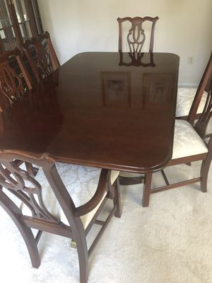 Dinning Table, Thomasville for Sale in Sunriver, OR