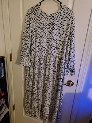 Cute dress white with polka dots by,true and time for Sale in Land O Lakes, FL