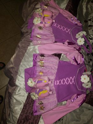 Rapunzel Halloween costume for Sale in Houston, TX