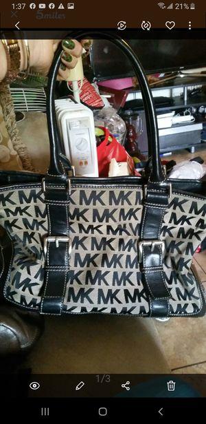 Bolsa mk original muy Buena for Sale in Dallas, TX
