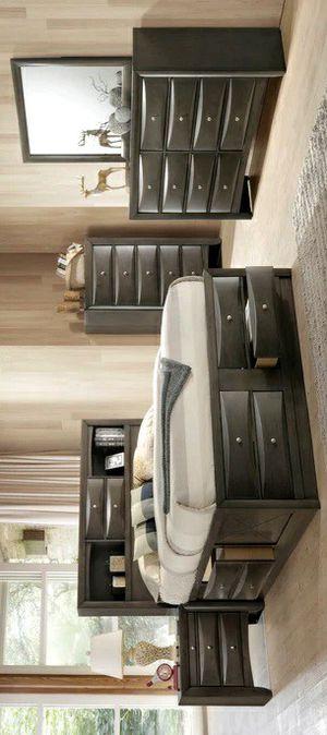 SPECIAL] Emily Gray Storage Platform Bedroom Set for Sale in Silver Spring, MD