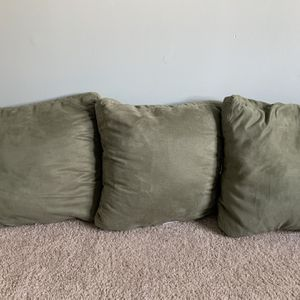 Nice Soft Microfiber Pillows For Sale! for Sale in Raleigh, NC