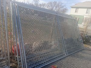 35 6ft x 12ft fence panels for Sale in Kansas City, MO