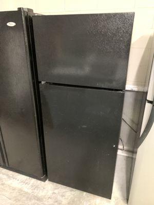 Black top bottom refrigerator perfect garage fridge for Sale in Kissimmee, FL