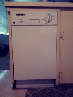 GE Dishwasher for Sale in Gulfport, FL