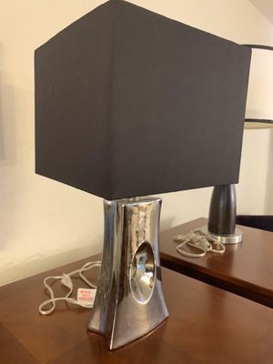 Nice table lamp like new 22 1/2 inch height. Firm price pls for Sale in Las Vegas, NV