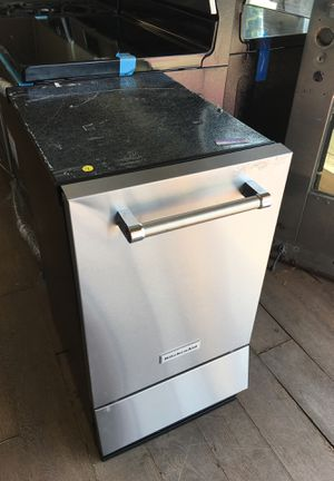 Kitchen Aid Ice Maker for Sale in Montebello, CA