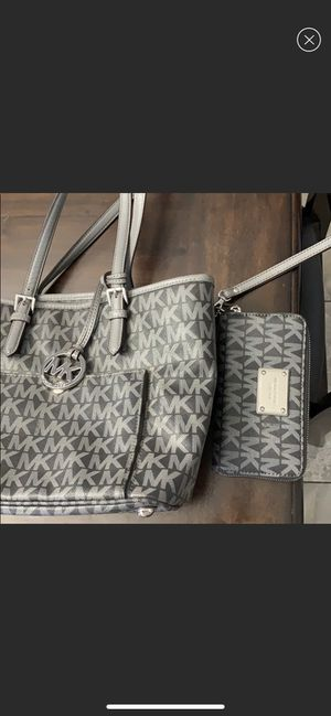 Micheal Kors match purse and wallet for Sale in Turlock, CA