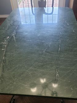 MARBLE DINING ROOM TABLE AND BASE for Sale in Tampa,  FL