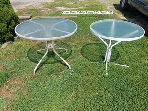 Glass Patio Table $25 for Sale in Dresden, OH
