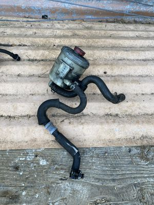 Acura RSX power steering reservoir and hoses from a Type S for Sale in Oceanside, CA