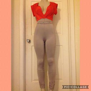 (SALE) Orange/Khaki Color-Block JumpSuit •M for Sale in Carrollton, TX