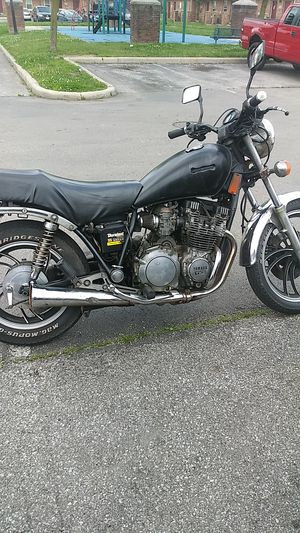 Motorcycle yamaha 650 for Sale in Columbus, OH