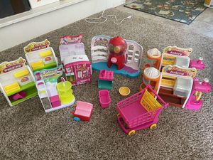 Shopkins playsets for Sale in Montgomery, NJ
