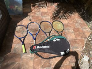 Barely used tennis rackets ( good condition ) for Sale in Pinecrest, FL