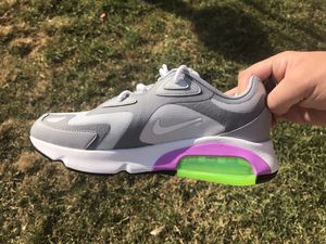 Nike Air Max 200 women's size 8 for Sale in Riverside, CA