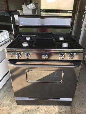 Black GE stove for Sale in Santa Ana, CA