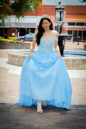 Sweet 16 Quinceanera Dress Light Blue Size Small To Medium for Sale in Sanford, FL