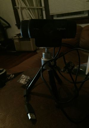Logitech Tripod webcam for Sale in Columbus, OH
