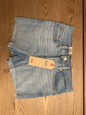 High Rise Levi's Shorts | Light Blue | size 28 | Brand New for Sale in Union City, CA