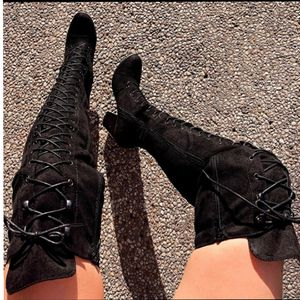 Just In Bella Black tigh high boots for Sale in Ontario, CA